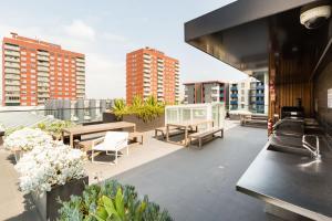 Talia - Beyond a Room Private Apartments, Apartmanok  Melbourne - big - 11