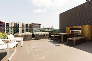 Talia - Beyond a Room Private Apartments, Apartmanok  Melbourne - big - 10