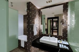 Comfort Inn Sunset, Hotels  Ahmedabad - big - 37