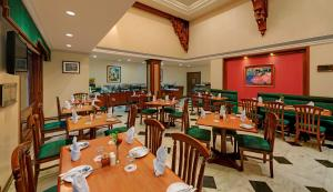 Comfort Inn Sunset, Hotels  Ahmedabad - big - 36