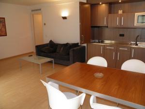 Apartaments Sant Jordi Fontanella
