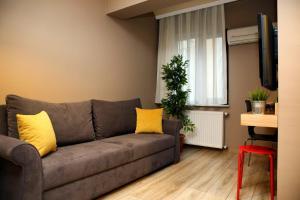 Akin Suites, Апарт-отели  Стамбул - big - 51