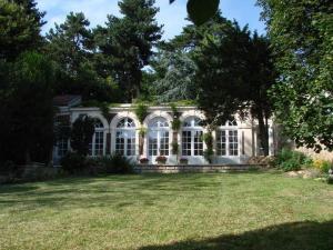 Location gîte, chambres d'hotes L'Orangerie White-Palacio dans le département Yvelines 78