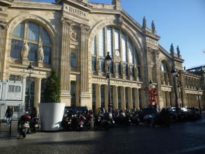 La Chambre Parisienne - B&B, Bed and Breakfasts  Paříž - big - 9