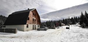 Guest House Alpha Ski Camp, Inns  Jahorina - big - 1