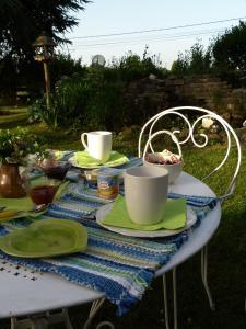 Aux Jardins d'Alice, B&B (nocľahy s raňajkami)  Asnans - big - 11