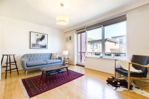 Rosie - Beyond a Room Private Apartments, Апартаменты  Мельбурн - big - 11