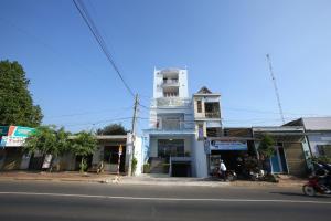 Bazan Hotel Dak Lak, Hotely  Buon Ma Thuot - big - 35