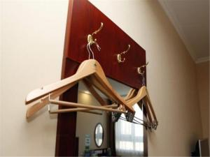 GreenTree Inn Hebei Qinhuangdao Peace Avenue Express Hotel, Szállodák  Csinhuangtao - big - 19