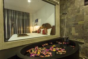 Yeak Loam Hotel, Szállodák  Banlung - big - 20