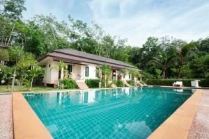 Aonang Family Pool Resort, Case vacanze - Ao Nang Beach