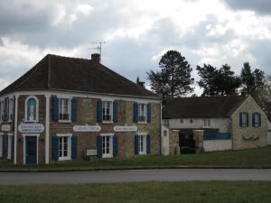 Relais Saint Laurent - Magny-les-Hameaux