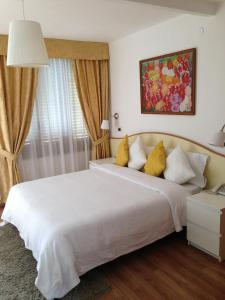 Villa Greta Hotel Rooms & Suites, Hotels  Taormina - big - 64