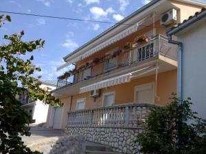 Apartment Bionda, Apartments  Senj - big - 49