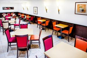 Appart'hôtel Saint Jean, Apartmanhotelek  Lourdes - big - 66