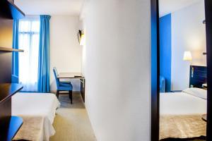 Appart'hôtel Saint Jean, Residence  Lourdes - big - 62