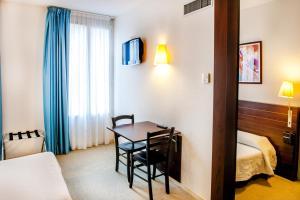 Appart'hôtel Saint Jean, Residence  Lourdes - big - 4