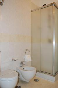 Hotel Ristorante Donato, Hotely  Calvizzano - big - 109