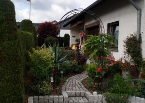 Ferienwohnung Anna Scheid - Kradenbach