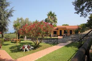 Borgo San Cosmo Tropea, Bed & Breakfasts  Brattirò - big - 124