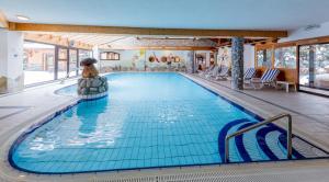 Location gîte, chambres d'hotes Hotel L'Ensoleillé dans le département Haute Savoie 74