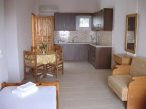 Apartment with Sea View Lianos Apartments