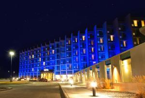 Grey Eagle Resort - Cochrane