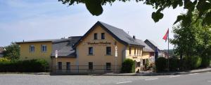 Wirtshaus Himberg Pension - Asbach