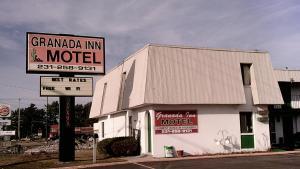 Granada Inn Motel - Kalkaska - Creswell