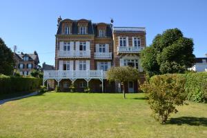Guesthouse La Mascotte - Deauville