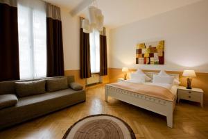 Monello Apartments