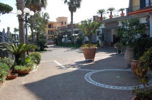 Hotel Ristorante Donato, Hotel  Calvizzano - big - 102