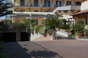 Hotel Ristorante Donato, Hotel  Calvizzano - big - 104