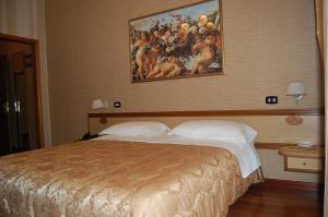 Hotel Ristorante Donato, Hotels  Calvizzano - big - 26