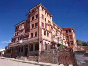 Hostels und Jugendherbergen - Hostal Real los Andes del Lago