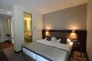 Schlosshotel Kassel, Hotely  Kassel - big - 25