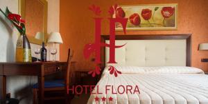 Hotel Flora, Отели  Ното - big - 1