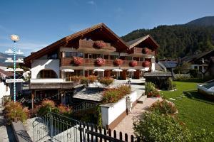Akzent Hotel Schatten, Hotely  Garmisch-Partenkirchen - big - 1