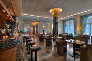 Hotel Sollievo, Hotel  Montegrotto Terme - big - 19