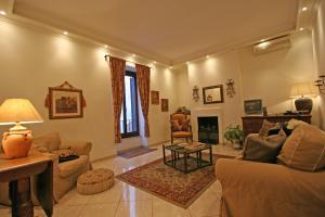 Parione Apartment