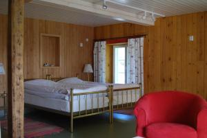 Västergård Bed & Breakfast, Bed and Breakfasts  Nauvo - big - 2