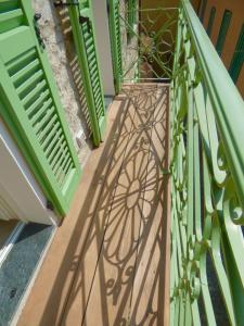 Casa Contrada Bella, Affittacamere  Varenna - big - 73