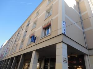 Hotel Les Arcades - Le Mesnil-Esnard