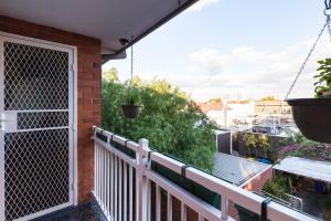 Eleanor - Beyond a Room Private Apartments, Апартаменты  Мельбурн - big - 11