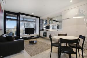 Corporate Keys - Lilli Apartments - Melbourne