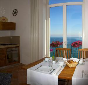 Villa Lieta, Bed and breakfasts  Ischia - big - 91