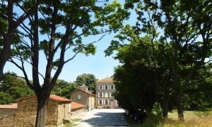 Chateau Chavagnac Gites - Tain-l'Hermitage
