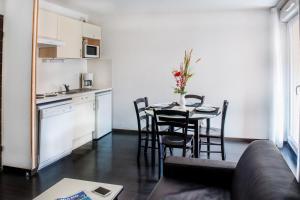 Résidence Foch, Aparthotels  Lourdes - big - 38