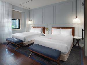Axiom Hotel (8 of 30)