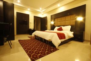 Ostelli e Alberghi - Manazel Al Hamra Apartment 2